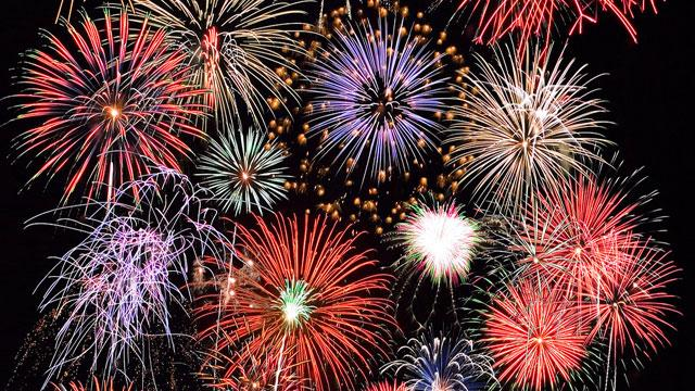 4-fireworks-burgh1